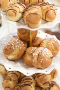 Vanilla Custard Cream Puffs